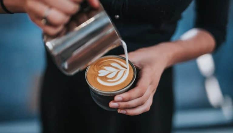 17 Barista Interview Questions + Answers! [Free Guide]