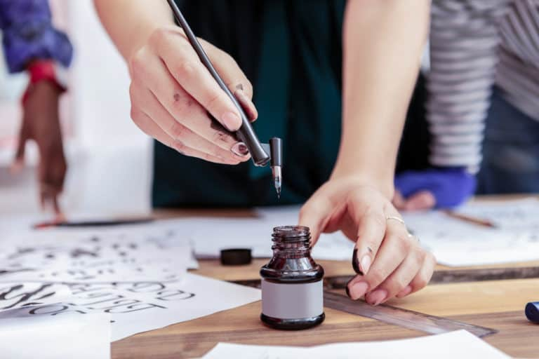 Top 11+ Best Online Calligraphy Classes, Courses + Training