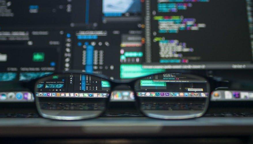 Programming location independent jobs