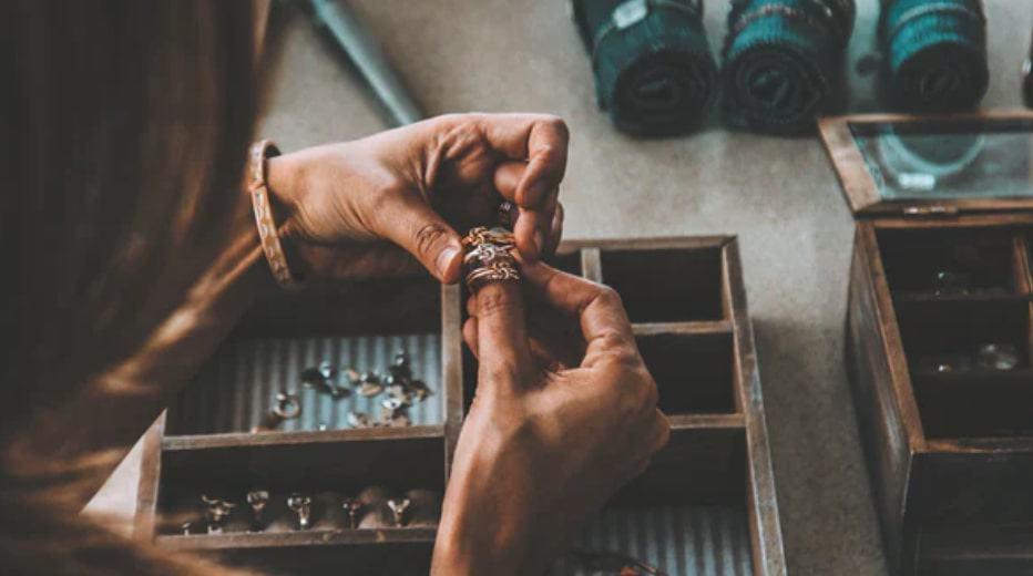 Jewelry design best student hobbies