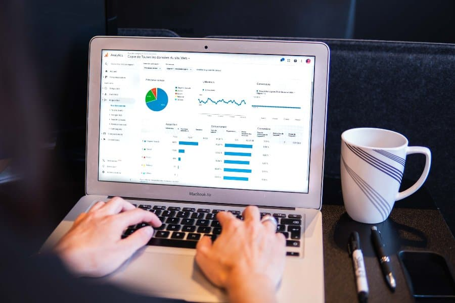 Top 11 Best Free Online Google Analytics Courses Classes How To Improve Your Website Tracking With [year]'s Top 11 Best Free Google Analytics Courses & Training