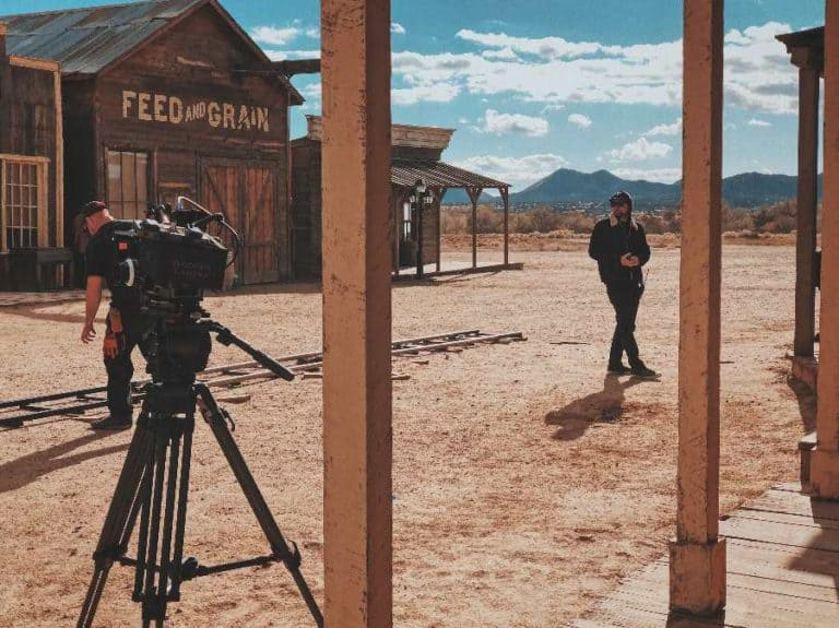 Learn How To Make A Film With 2021's Top 13 Best Free Online Filmmaking Courses & Classes