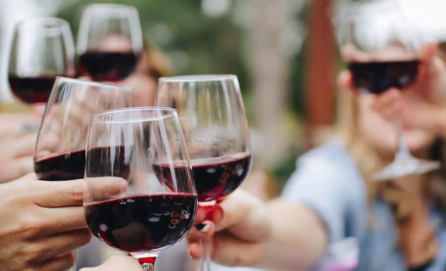 Top 7 Best Free Online Wine Classes & Courses