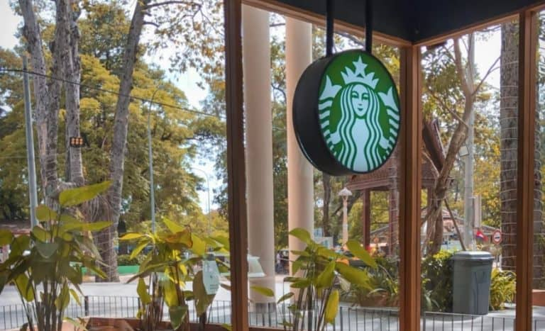 2021's 17 Most Challenging Starbucks Interview Questions + Answers [Free Guide]