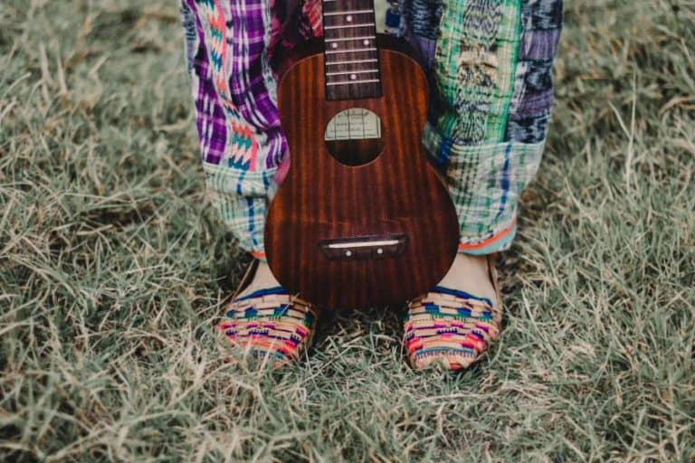 Never Miss A Note With The 11 Best Online Ukulele Lessons & Classes