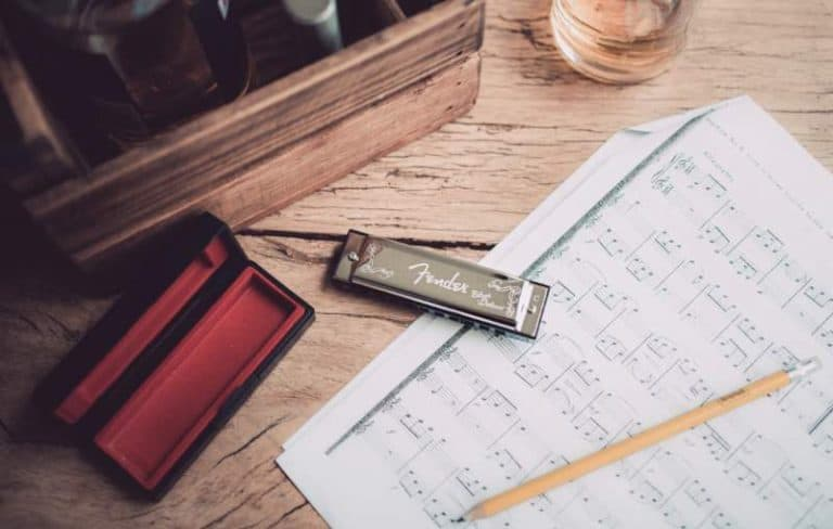 Learn Music People Love With The 10 Best Online Harmonica Lessons & Classes